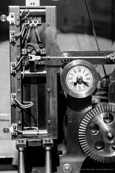 Woodget-140530-0808--black and white, clock, clock work.jpg