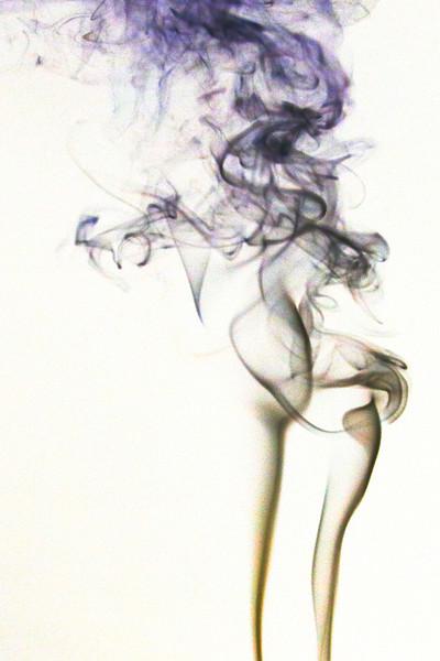 Smoke Trails 4~8552-1ni.
