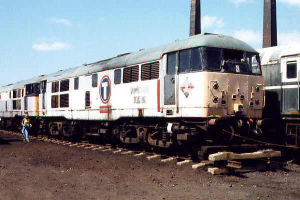 31105 at Barrow Hill on the 16th July 2000