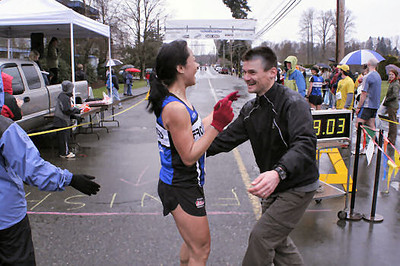 2005 Comox Valley Half Marathon - ComoxHalf2005-Al-Livsey-068.jpg