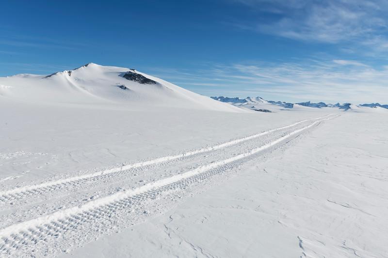 Climb Antarctica Women -1-11-18099761.jpg