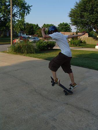 LuC, Skate Boarding!