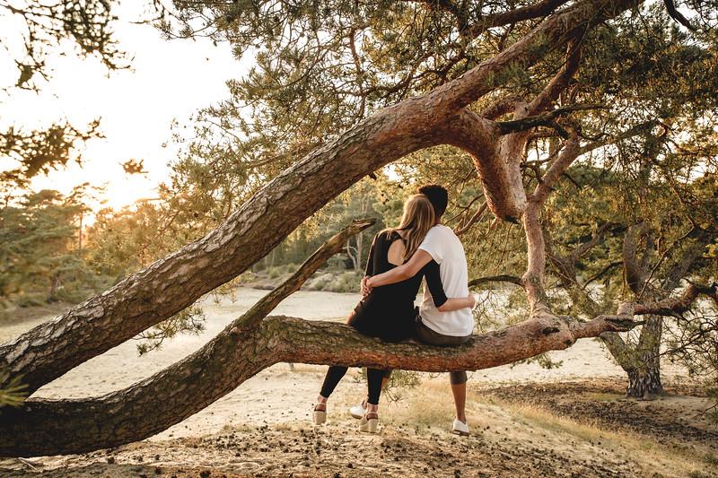 HR - Loveshoot Fotosessie Soesterduinen - Esther+Igor - Karina Fotografie-51.jpg
