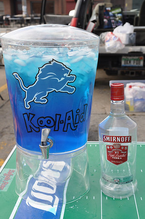 lions tailgate 101011