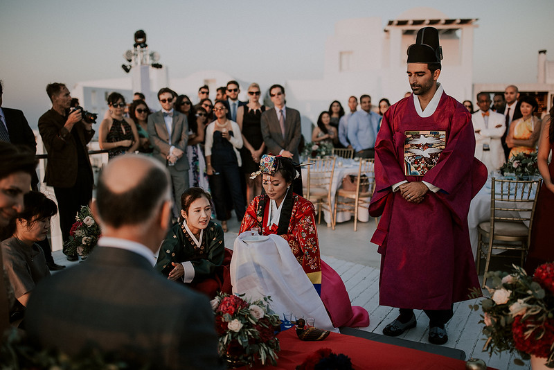Tu-Nguyen-Destination-Wedding-Photographer-Santorini-Rocabella-Hotel-Euna-Ehsan-650.jpg