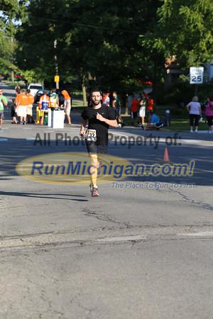 1 Mile Finish - 2013 Howell Melon Run