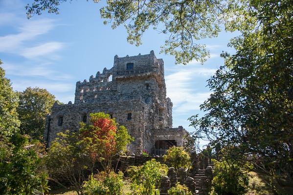 Gillette Castle & Gouveia Vineyard