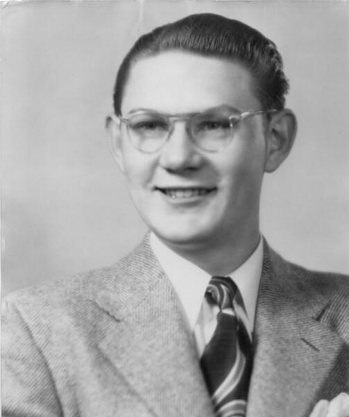 Portraits 1944.jpg