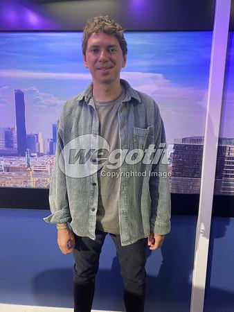 Julian LePlay 07-AUG-2020