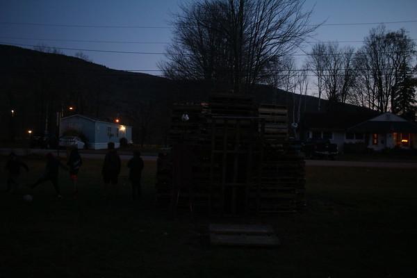 2019-11-02 Bujeaud Family Bonn Fire