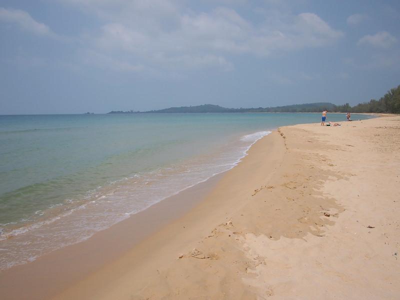 P1317274-quiet-beach.JPG