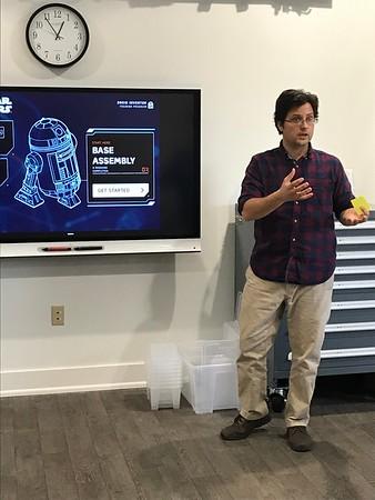 Tinker Lab: Building Droids