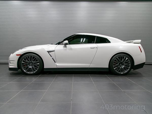 '16 GT-R - Pearl White