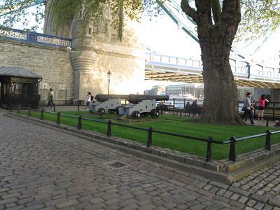 (7May2018)  London(FRAZIER) ENGLAND CanonPowerShotG16 MONDAY: 7May2018(556)