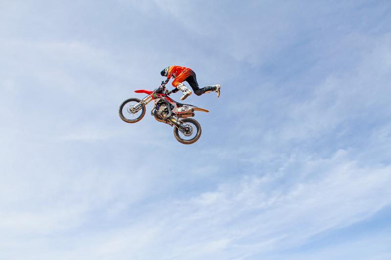 MOR-jumps-175.jpg