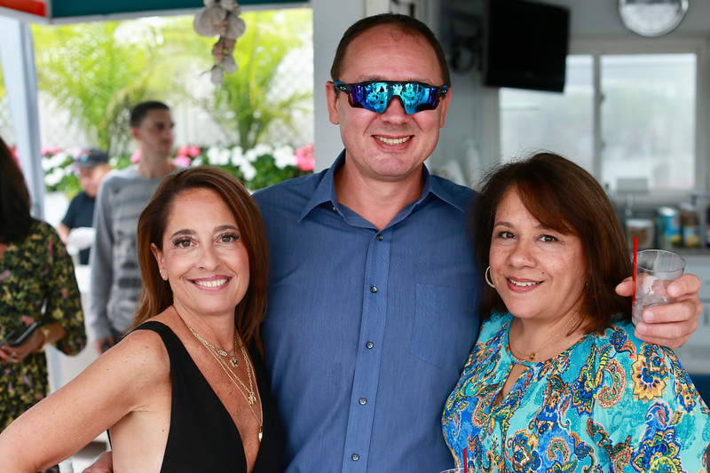 20190907_EMCphotography_EndOfSummerParty-24.jpg