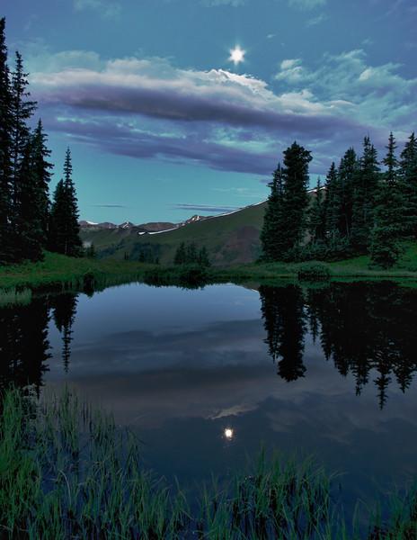 Starburst Moon at Paradise Divide