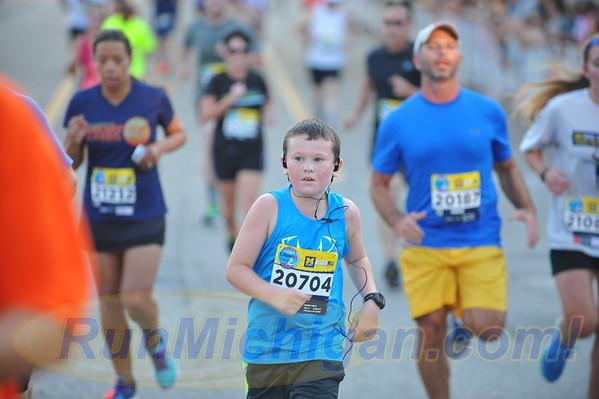 Under 12 Michigan Mile Finish - Crim Festival of Races