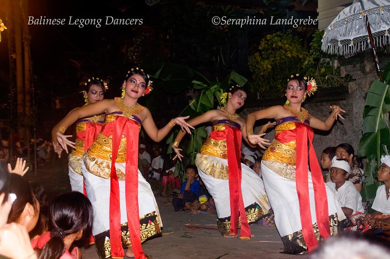 _DSC6189Legong dancers.jpg