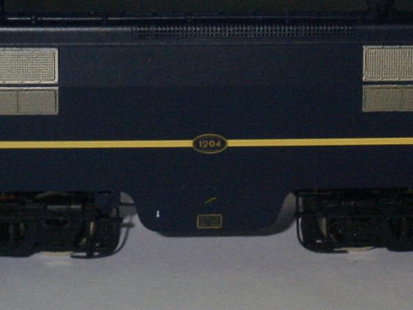 philotrain 870-24-3 1204 berlijns blauw zonder detail zij.JPG