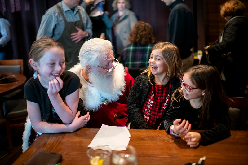Avalon_BreakfastWithSanta_2019_9937.jpg