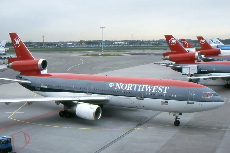 Northwest_01_DC-10_N234NW.jpg