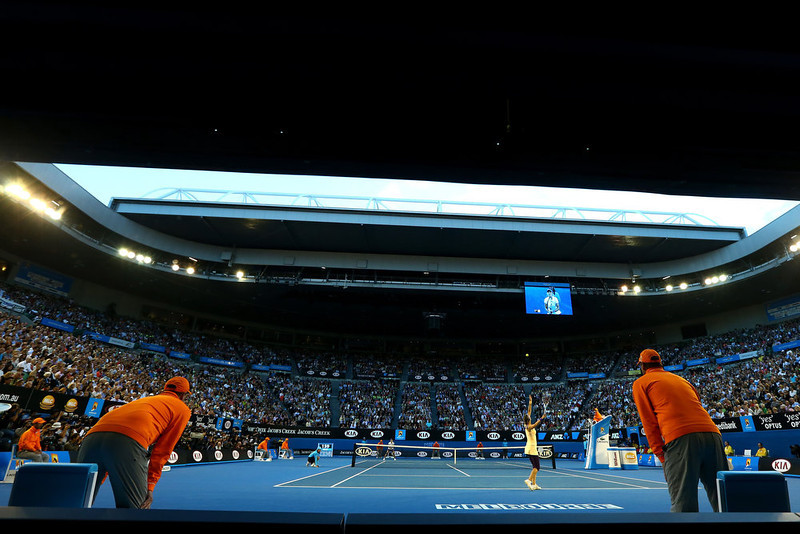 . Victoria Azarenka of Belarus serves to China\'s Li Na in the women\'s final at the Australian Open tennis championship in Melbourne, Australia, Saturday, Jan. 26, 2013. (AP Photo/Ryan Pierse,Pool)