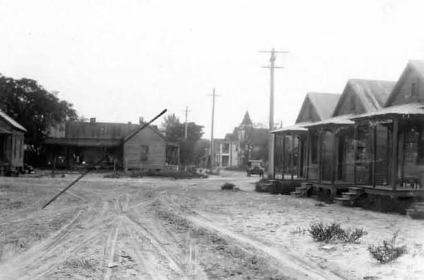 1928-Franklin Street and 1st Street - Eastside.jpg