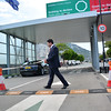 The Chief Minister of Gibraltar Fabian Picardo today officially opened the newly refurbished green and red vehicular zones on entry into Gibraltar.