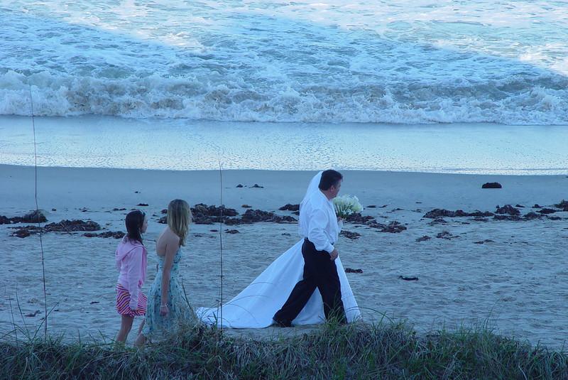 sunset_wedding_Norwood_Ave_011.jpg