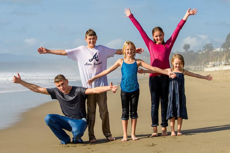 0814_d800_Kristin_Tom_Seascape_Beach_Aptos_Family_Photography.jpg