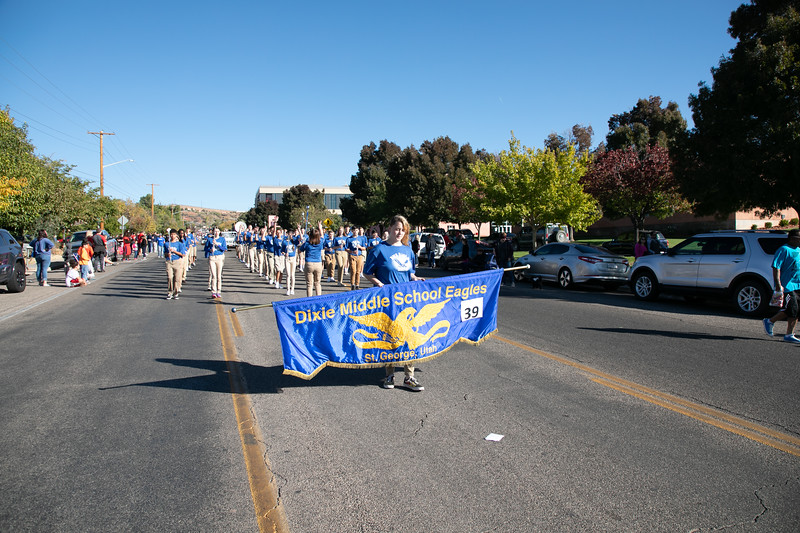 HOMECOMING PARADE 2019-1879.jpg