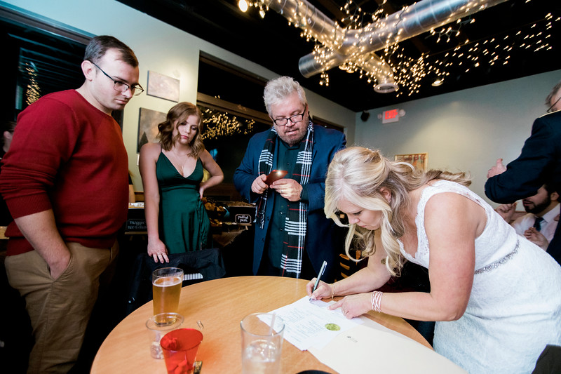 diane-ron-hughes-metro-detroit-wedding-0216.jpg