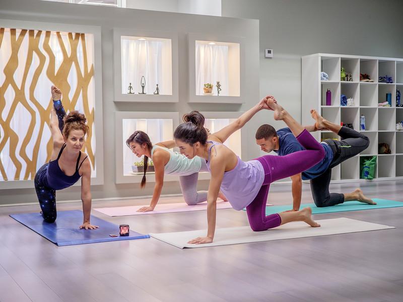 112917_05225_Yoga_Class.jpg