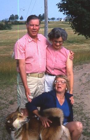 Mom's 90th BD pics 063.jpg