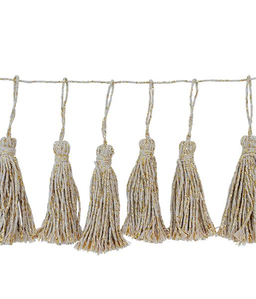 DD.101.19.1 cotton tassal garland.png