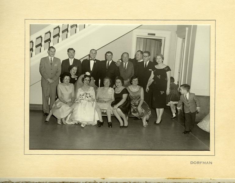 031-Harry, Bill, Leonard, Archie, Maury Sweig, Oscar Goodman, Maury loeb, Mollie, Eunice, Karen, Baube, Annabelle, Rose, David.jpg