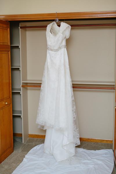Le Cape Weddings_Amy + Wyatt-3.JPG