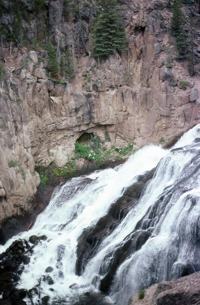 1985-07-12 14 Gibbon River Falls 444.jpg