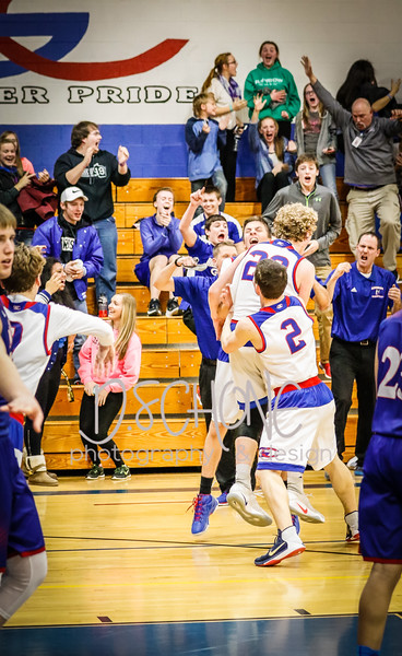Boys Basketball vs Mondovi-77.JPG