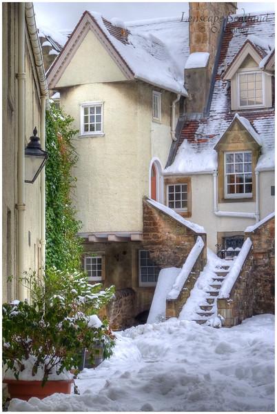 White Horse Close, Canongate (2)
