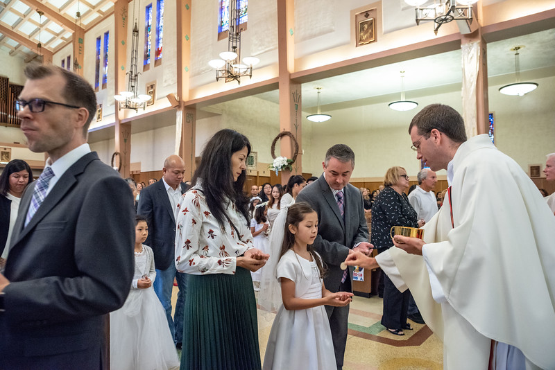 180520 Incarnation Catholic Church 1st Communion-83.jpg