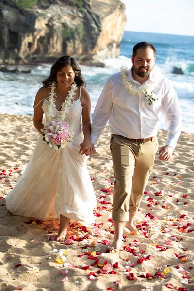 kauai wedding on shipwrecks-38.jpg
