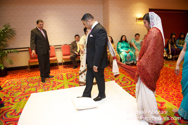Naziya-Wedding-2013-06-08-01872.JPG