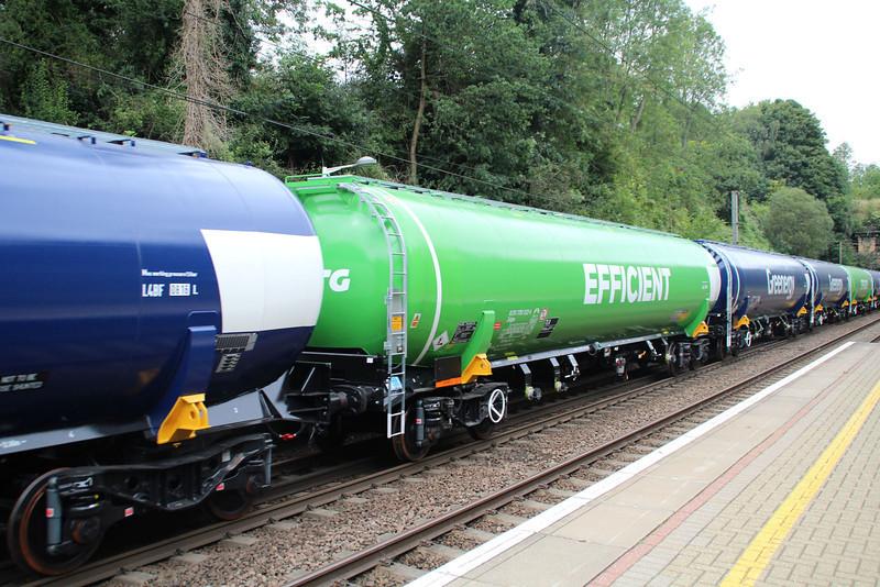 New GBRF TEA 83.70.7792022-6 on 6E92 Acton Lane-Immingham passes Welwyn North 23/08/12