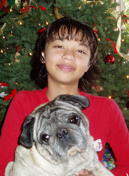 Liv & Bubba Christmas pictures 12.18.04
