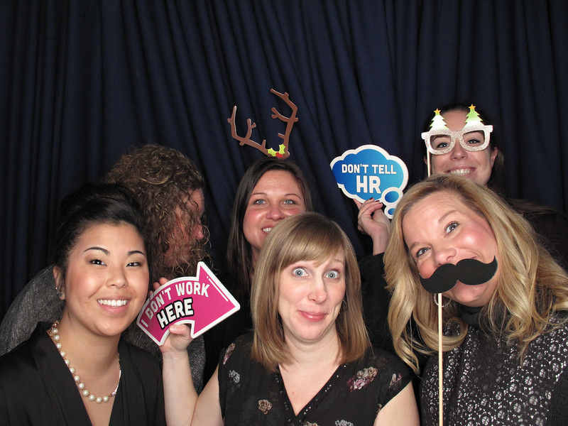Freezeframez_Photo_Booths_019.jpg