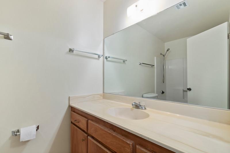 3280 Firtree 19 Bathroom.jpg