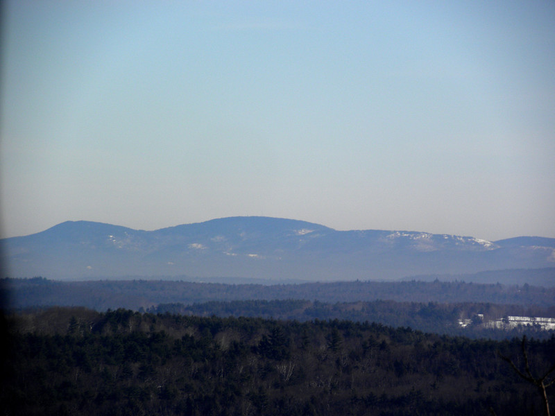 Belknaps, Gunstock at left.JPG