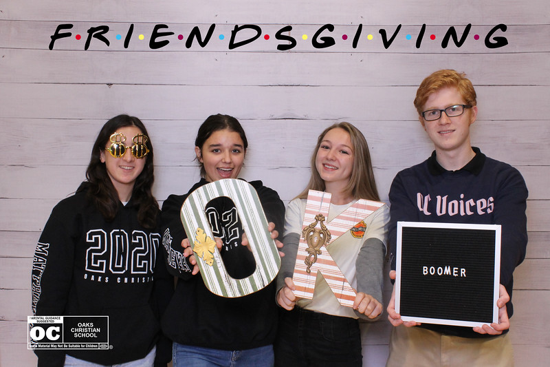 Oaks_Christian_Senior_Lounge_Friendsgiving_Prints_00011.jpg